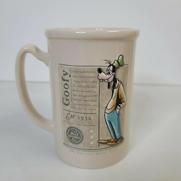 "DISNEY Goofy 3D Coffee Ceramic Coffee Mug Cup 5"""